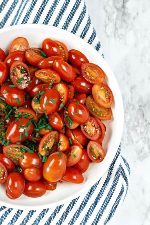 Balsamic tomato salad