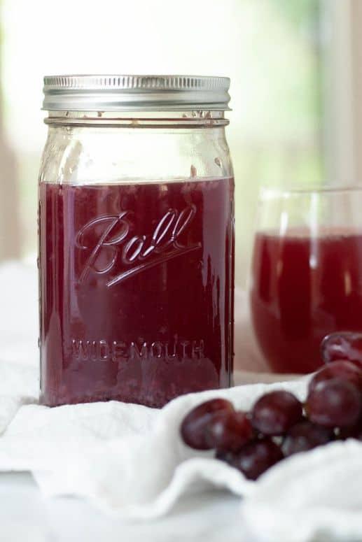 Grape water kefir