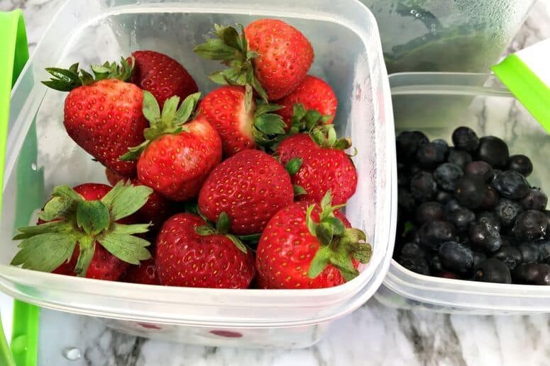 Strawberries and blueberries in Rubbermaid FreshWorks containers
